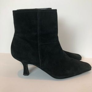 Etienne Aigner Ankle Boots